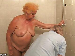 業餘成熟的業餘成熟的業餘成熟淋浴