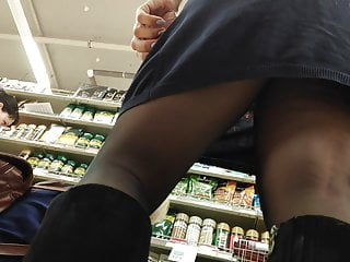 Russian Voyeur porno: Upskirt big ass milfs in mall