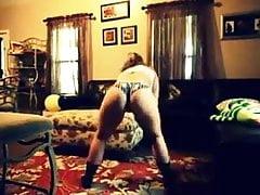 twerking w domu babci