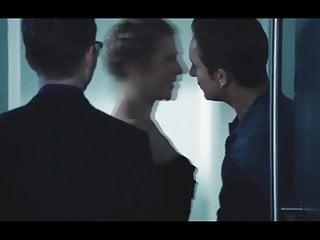 Blonde Celebrity Milf video: WIFE ENJOYING HER 'HALL PASS'