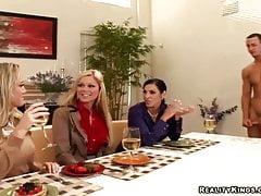 Velmi speciální oběd formou bufetu - CFNM Secret