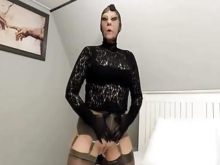 Fingering Pantyhose Dildo video: Black dot nylon mask solo