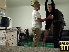 La tenera volpe Maddison Rosa imbavagliata per la penetrazione