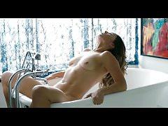 Celebrity Sex Scene - Natalie Krill orgasmo na banheira