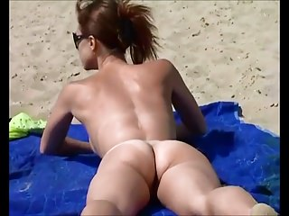 Flashing Beach Nudist vid: Nude Beach