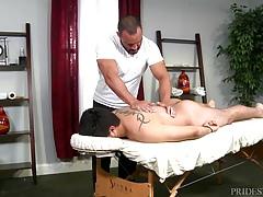 Injured Jock Dicks Hot Daddy Masseur On Massage Table | Porn-Update.com
