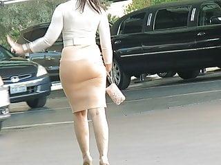 Cuckold Big Ass Milf video: Mi wife meeting a new BBC bull