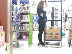 Pawg Teen Redhead Walmart pracující