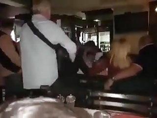 Serbian Public Blowjob Pusenje Kurcine U Kafani Pred Svima