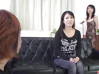 性感的xxx日本场景与裸体Saya Fujimoto