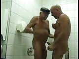 2 daddys know how to work a bathroom : )