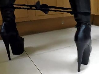 Blonde Big Tits Striptease video: LEATHER OPERA GLOVE SECRETARY HD