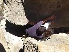 Tugas auf den Felsen gefangen
