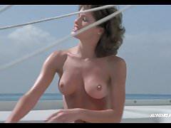 Jeana Tomasina dans The Beach Girls
