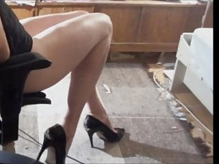 Webcam Shemale Solo Shemale Young Shemale video: Crossdresser Sexy Legs