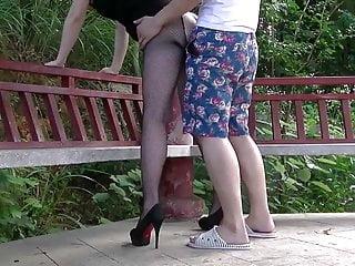 中國妻子在公共場合2