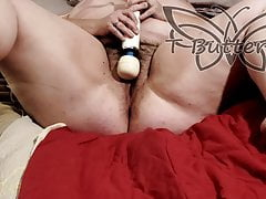Horny Mature Masturbates with Hitachi
