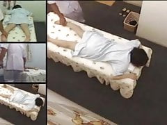 Telecamera nascosta nella camera della sala massaggi 14