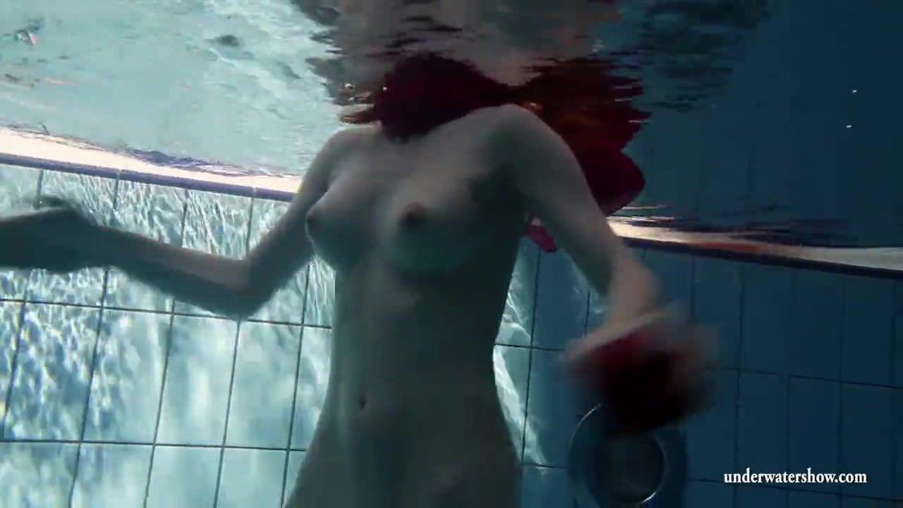 Мастурбировать на женский лобок видео