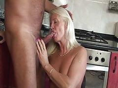 60+ babcia cipki jest bardzo mokra!