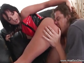 Milfs Hardcore Creampie video: Brunette MILF Anal On The Couch
