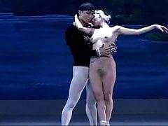 Swan Lake (ballerina nuda)