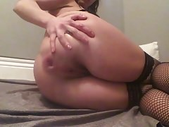 Amateur Playing with her Ass and Prolapse