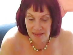 Zia Sue chiacchierando di sesso anale e succhia cazzo