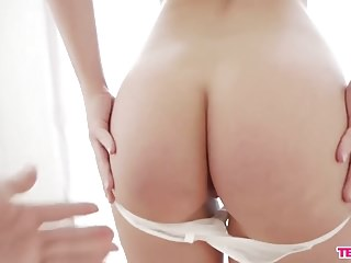 Blowjobs Teens movie: Sexy brunette cock tease