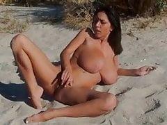 Reifen- Strand- Riesige Titten