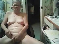 Masturbarsi maturo