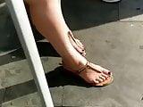 Candid feet --- Brazilian milf