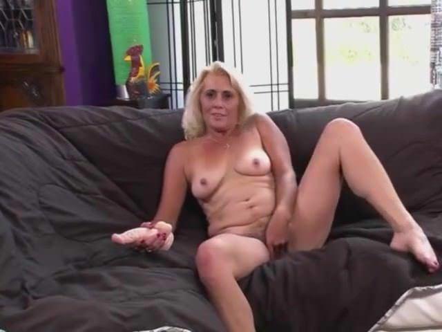 Трансвеститы и геи порно видео