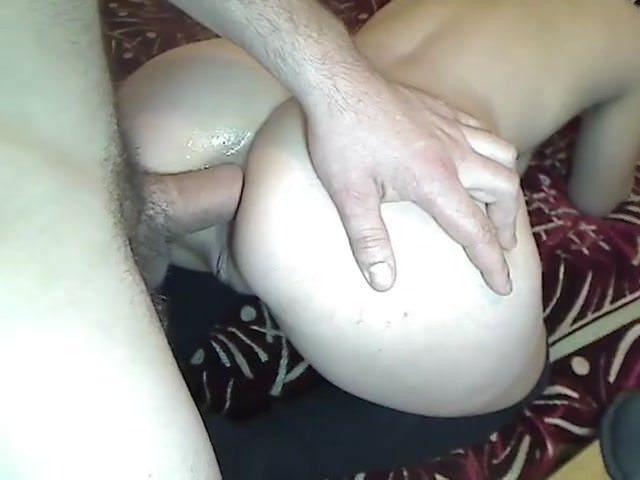 Русская девушка мастурбирует онлайн