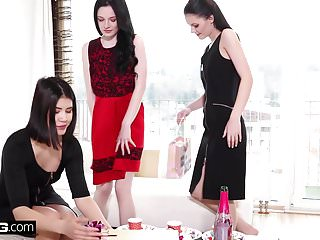 Lesbians Strapon video: Anie Darling, Lady Dee and Angel in erotic lesbian threesome