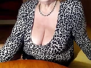 Hairy Russian Squirting video: hairy grandma with a really big pussy