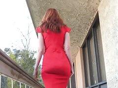 Sexy Redhead MILF Kendra James Flash & Play