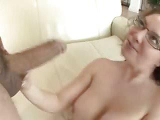 Blowjobs Milfs video: Milf Aunt Kiki Daire Wants to Fuck Sisters Son