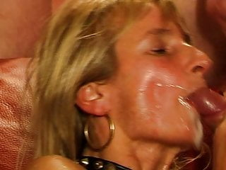 Amateur Bukkake Blonde video: Gangbang Bukkake Facial Cumshots Swallowing