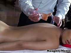 Massage fille Megan Salinas pussyfucked
