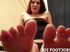 Mi farò muovere le dita dei piedi mentre ti masturbi