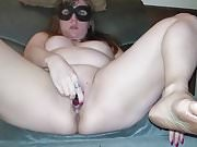 masturbating masked amateur girl