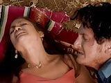 Jennifer Lopez Intensive Sex Under Trees In U Turn Movie