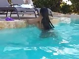 sale de la piscina