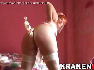 Cute redhead bride in a homemade porn video