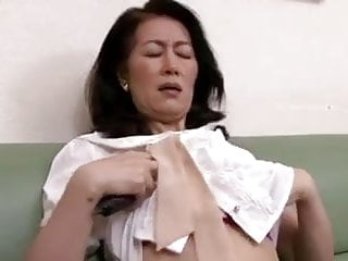 Mature japanese in nylon tubes — pic 3