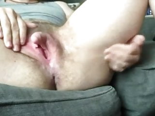 Skinny Pussy Mom video: Huge clit displayed