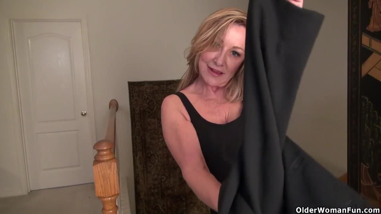 Короткометражный видео трансвеститы дрочат