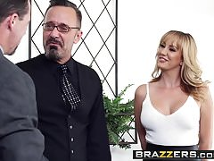 Brazzers - Real Wife Stories - Hai visto la scena di Valet