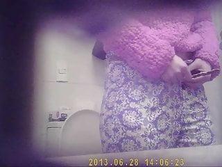 Voyeur Teen Hidden Camera video: Spy cam bathroom 1